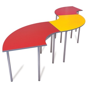 Advanced Chunky Curve School Table