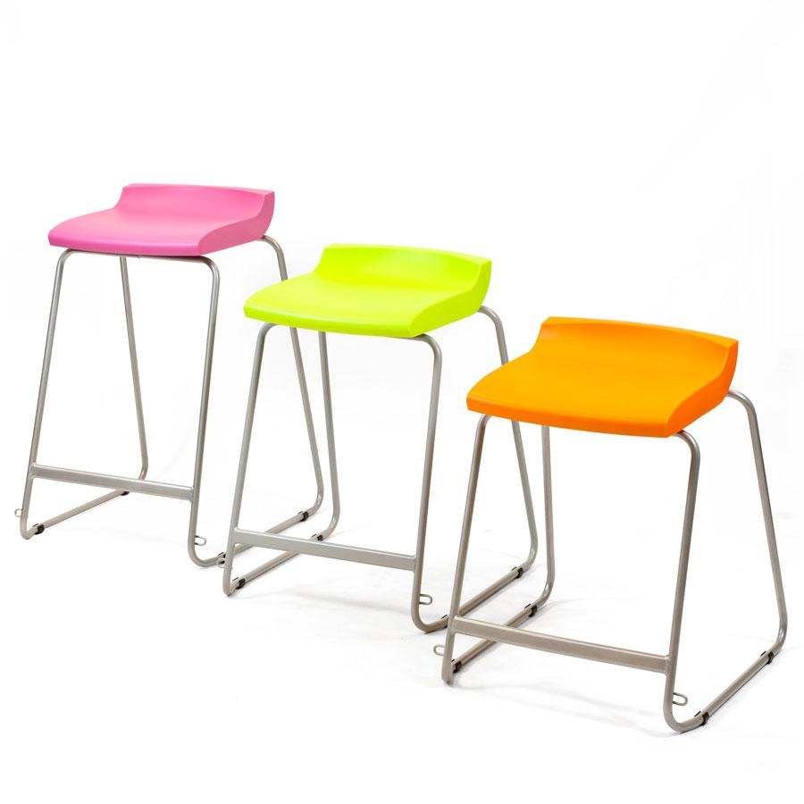 Minimalist Classroom Games ~ Postura stool