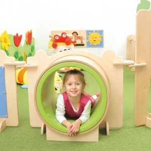 ''Kindergarten Corner'' Tunnel