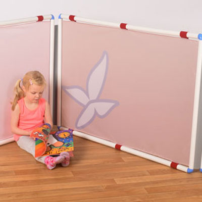 ''Natural Shades'' Classroom Divider