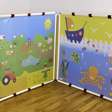 ''Role Play Trio'' Classroom Divider