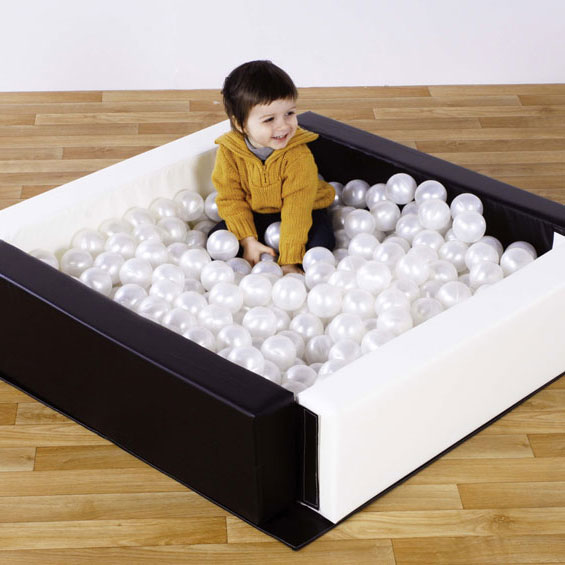''Spaces4Play'' Toddler Ballpool - Black & White